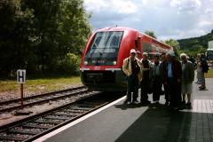 Groupe devant VT 641