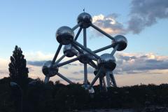 Au pied de l'Atomium