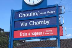 Une horloge typique du chemin de fer.